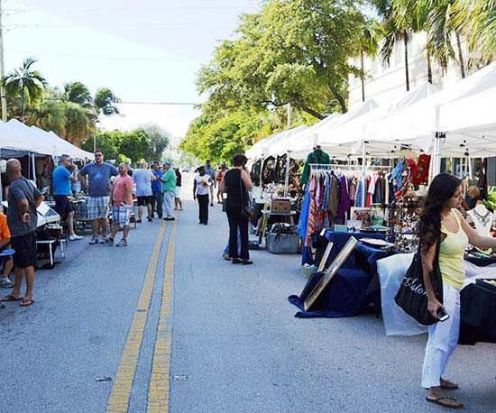 The Best Southern Flea Markets Lincoln Road Antique Collectible Market In Miami Beach Florida