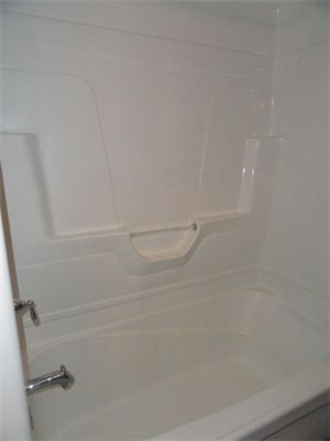 One Piece Tubshower Combination Kids Room Pinterest