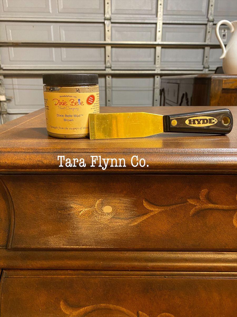 Adding New Hardware to a Dresser.  #redesign #restyled #taraflynnco #taraflynn #homedecor #limitededition #oneofakind #handpainted #paintedfurniture #furniturepainter #vintagefurniture #furnitureartist #etsyshop #etsyseller