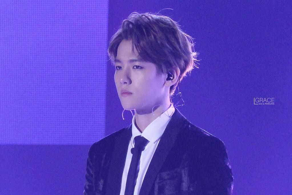Baekhyun | 150128 Gaon Chart K-Pop Awards