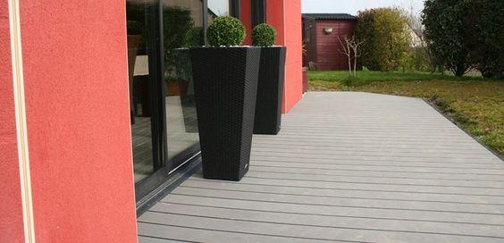Vous souhaitez installer une terrasse en composite mais ne savez pas