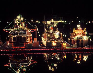 San Diego Bay Parade Of Lights Enchanting Pinmary Reilly On Christmas Parade Float  Pinterest  Christmas Decorating Design