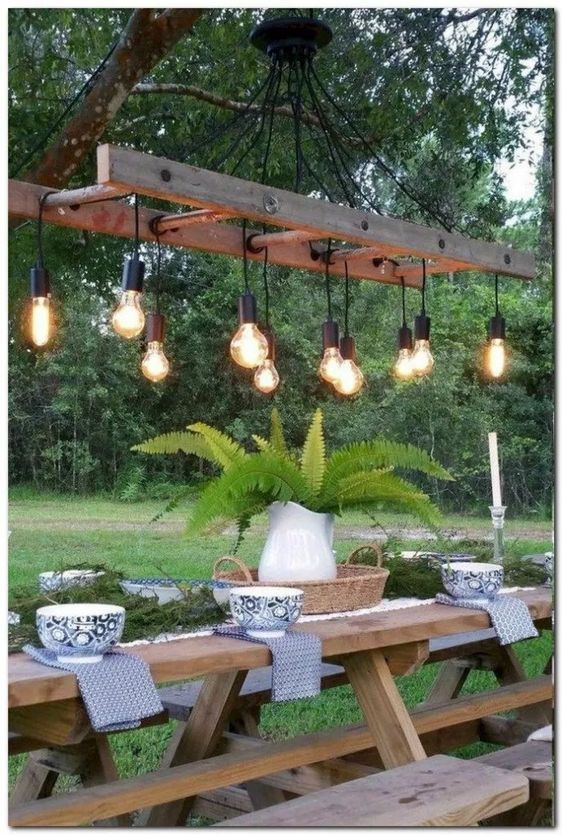 Amazingly Inspiring Backyard Dining Ideas to Copy is part of Backyard dining, Diy outdoor lighting, Backyard lighting, Diy patio, Backyard decor, Patio decor - Having a dining set outdoor  No problem! Check these backyard dining ideas out to create a cozy and closer vibe with your family and friends