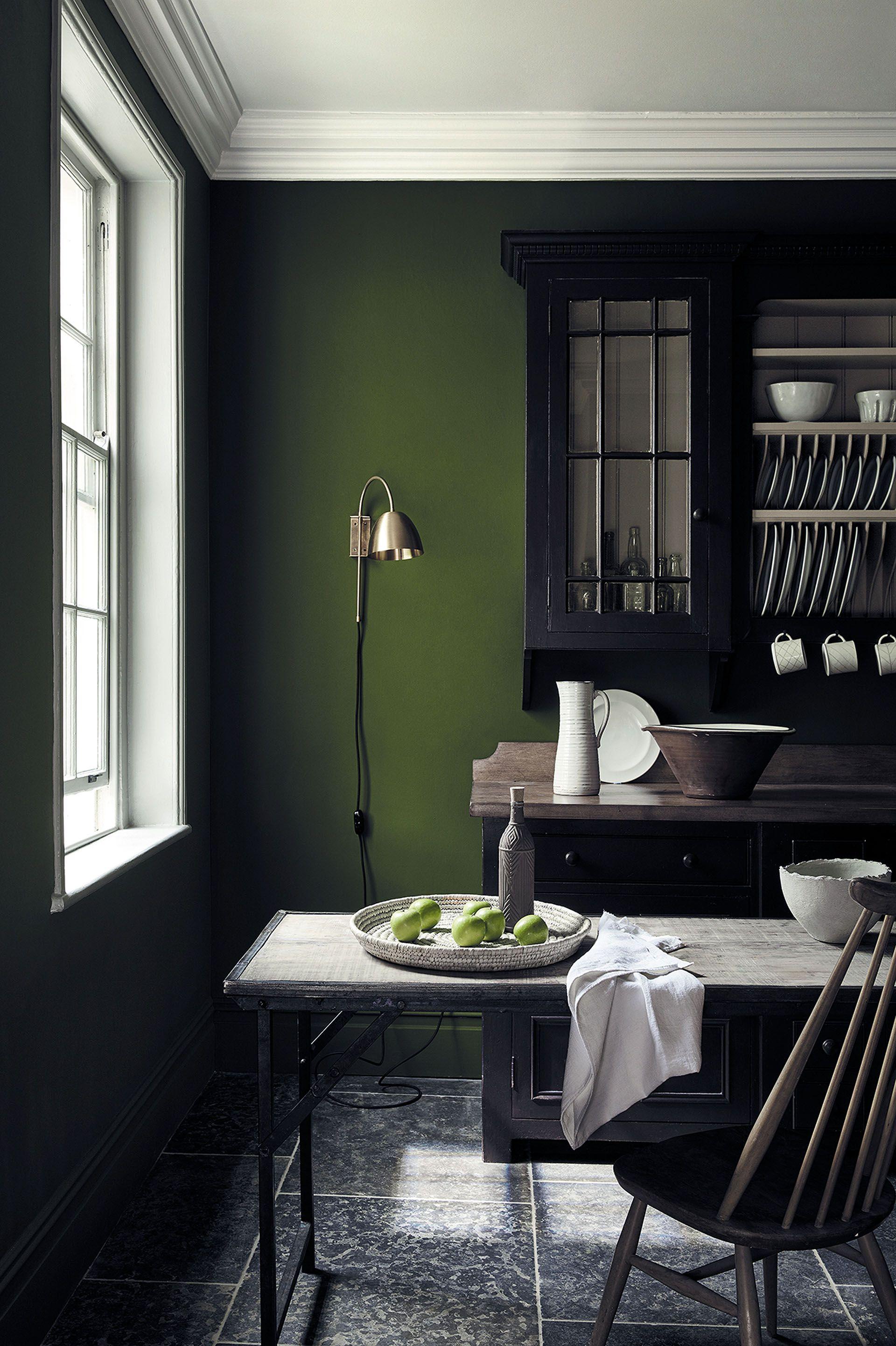 Nuancier De Peinture Verte Pour Une Decoration Tendance Peintures Vertes Nuancier Peinture Couleurs Maison