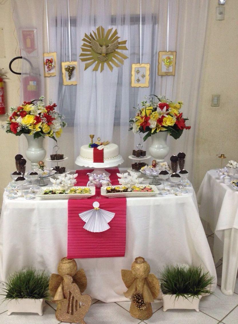 Mesa primeira eucaristia Primeira Comunh u00e3o Primeira comunh u00e3o, Eucaristia, Bolo batizado