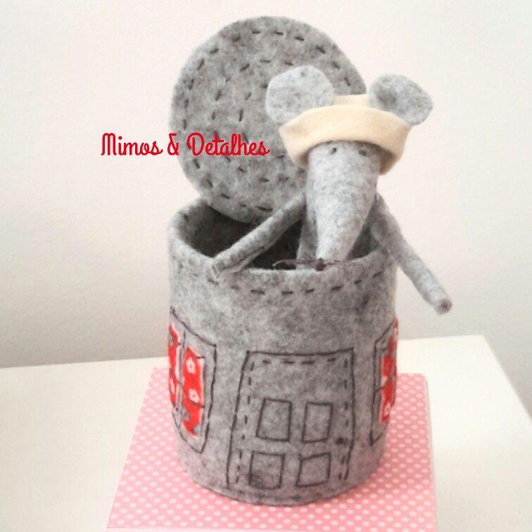 Casa do ratinho feito com lata de metal
