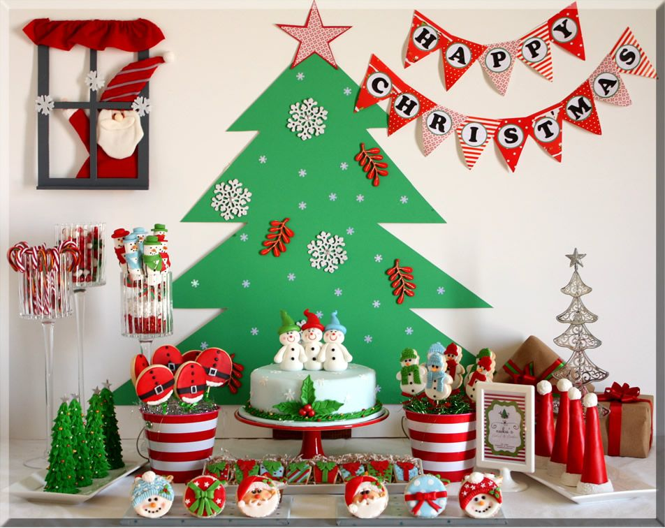 Christmas Sweet Table-Now THIS is fun and what I would want to do for this party! | Christmas birthday party, Kids christmas party, Christmas party decorations