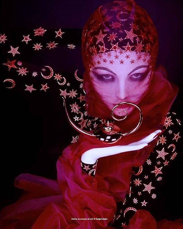 Serge Lutens Perfume art, Magic women, Photo art