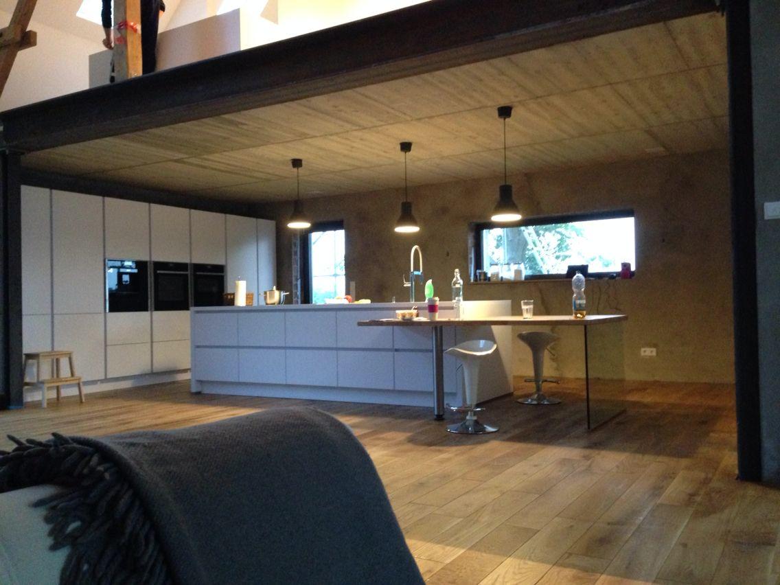 Betonwand stahlträger holz Blick vom Sofa in die Küche   My home ...