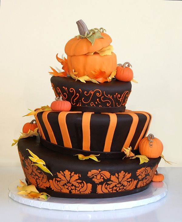 Topsy turvey autumn cake all about autumn home decor for Autumn cake decoration