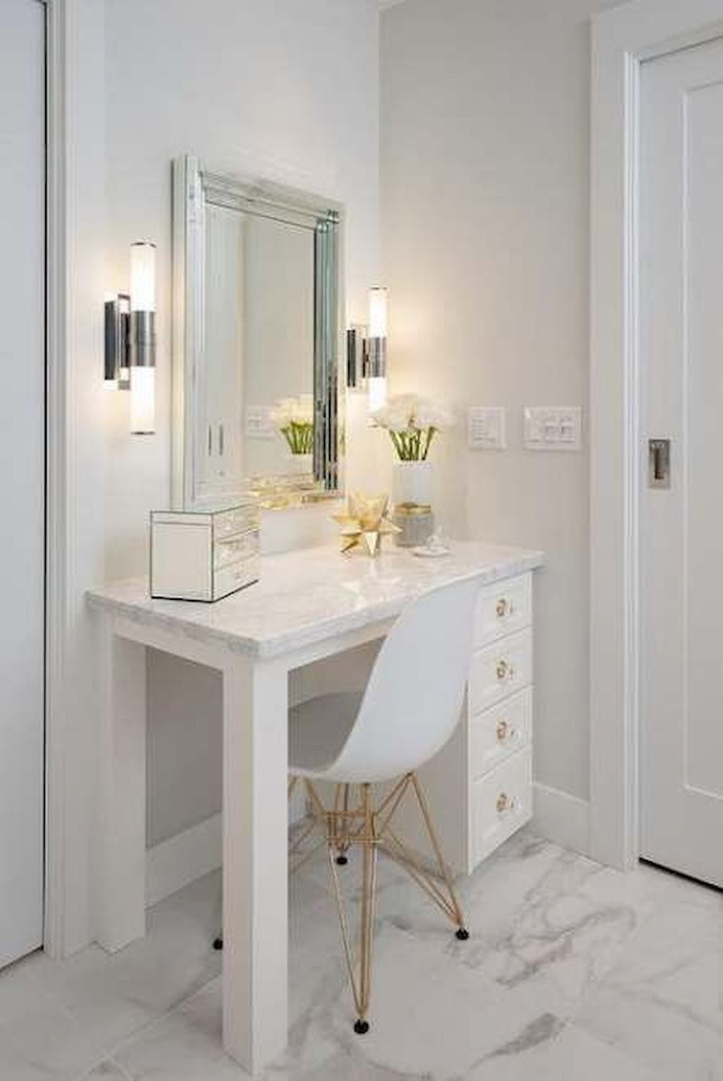 If You End Up Adorning Your Property You Need To Guarantee That All The Particula In 2020 White Master Bathroom