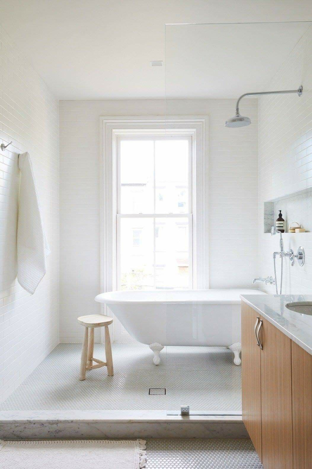 Walk In Wet Room Designs: Pin By Amy Dennill On Ball & Claw Bathtubs