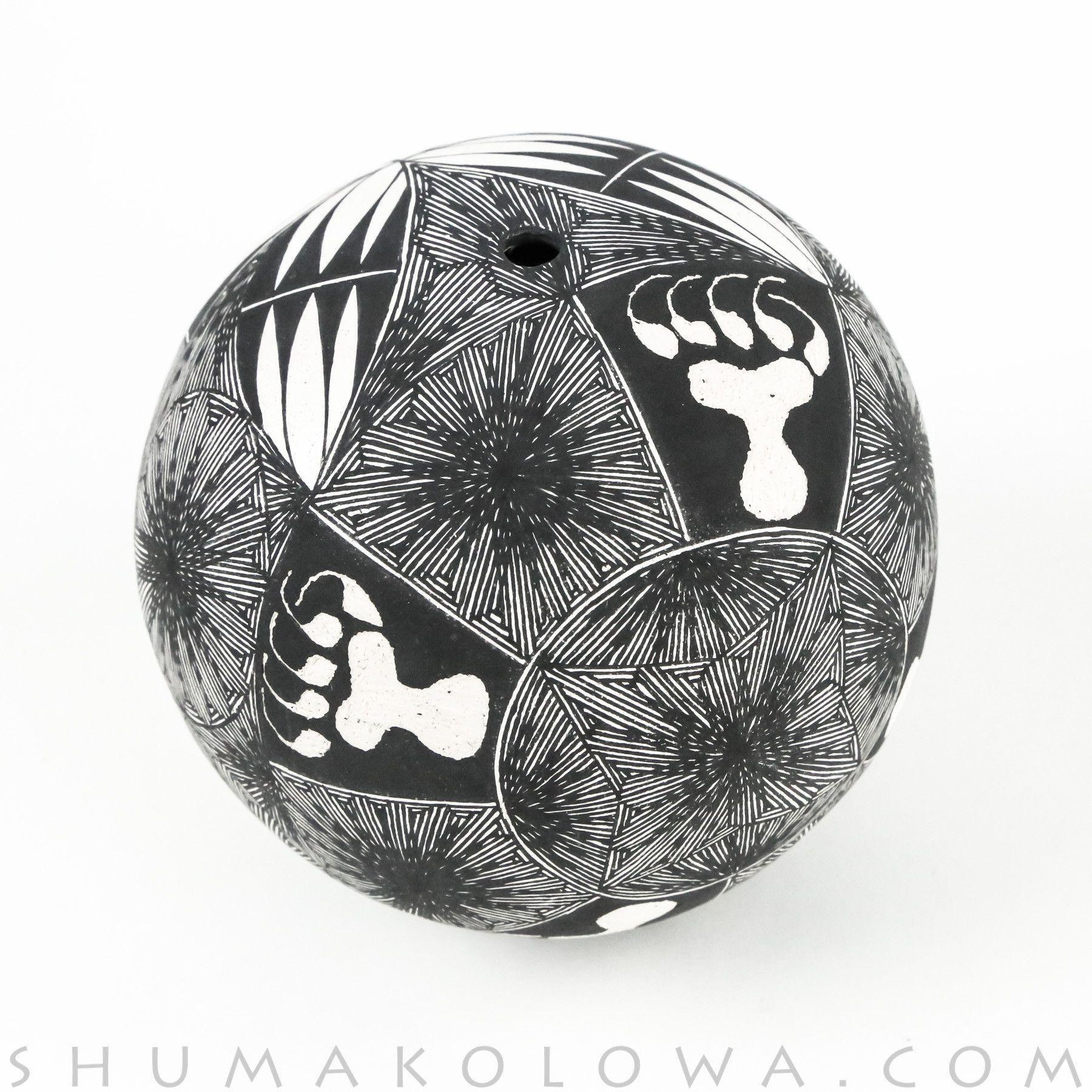 Brian Delorme Acoma Bear Claw Seed Pot