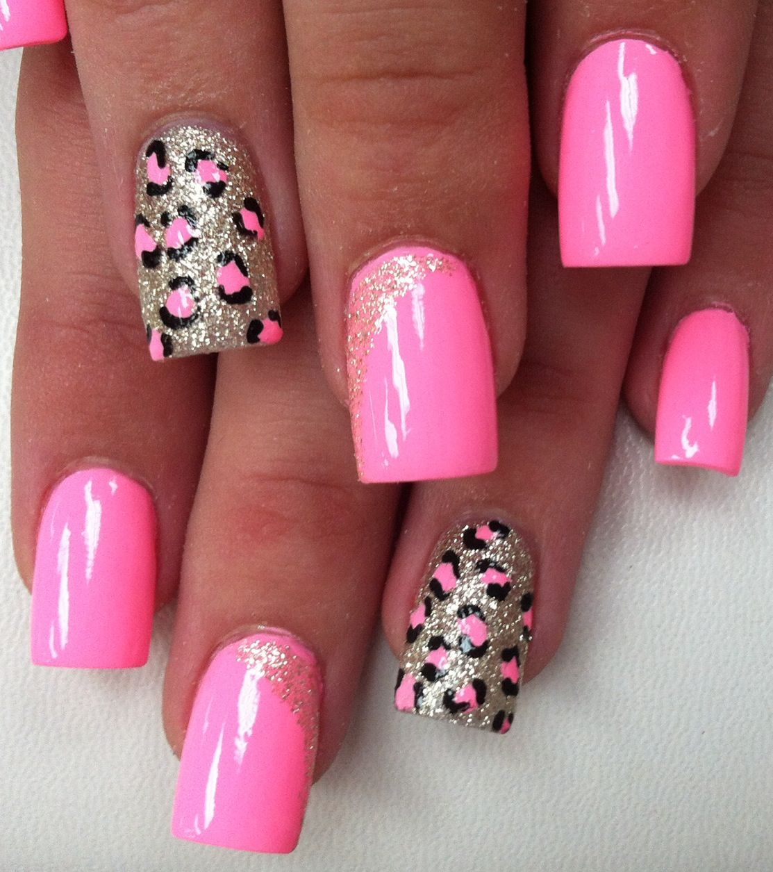 Pink Leopard On Silver Glitter Pink Gel Nails Glitter Gel Nails Pink Leopard Nails