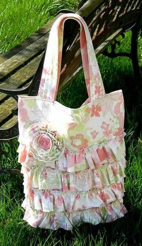 1cde17156 flor e babado no mesmo tecido da bolsa Sacolas Ecológicas, Arte Criativa,  Projetos De