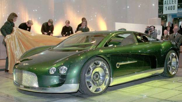 The Bentley Hunaudieres was unveiled at the 1999 Geneva Motor Show and bares a passing resemblance t... - Bentley