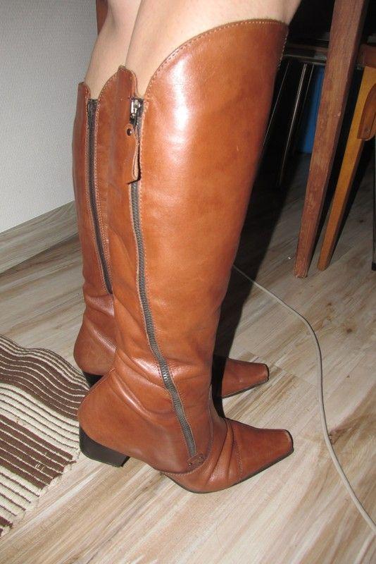 ada1bd70c6fcb Bottes en cuir camel avec petits talons | vinted