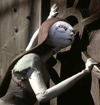 ~Sally ~A Scene From ~† The Nightmare Before Christmas ~