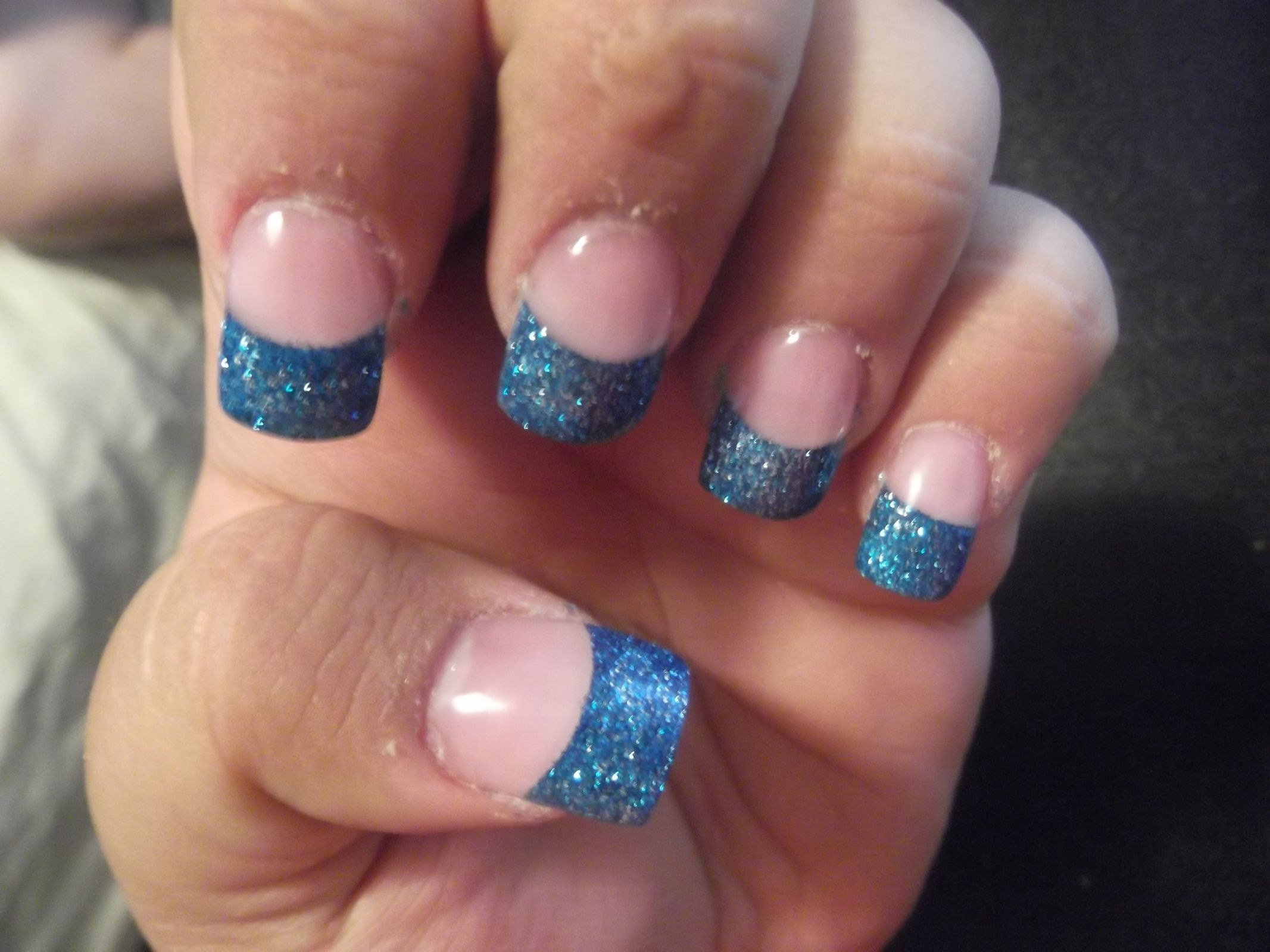 blue french tip nail design
