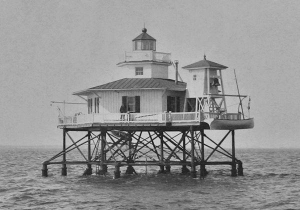 Wolf Trap Lighthouse, Virginia at Lighthousefriends.com ...
