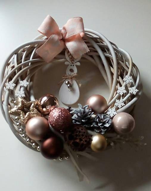 sofahome / Vianočný venček so sobíkom