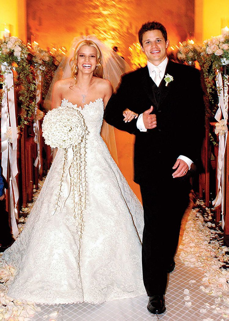Tbt Jessica Simpson S Weddings In Photos And Video In 2020 Jessica Simpson Wedding Dress Jessica Simpson Wedding Bridal Wedding Dresses