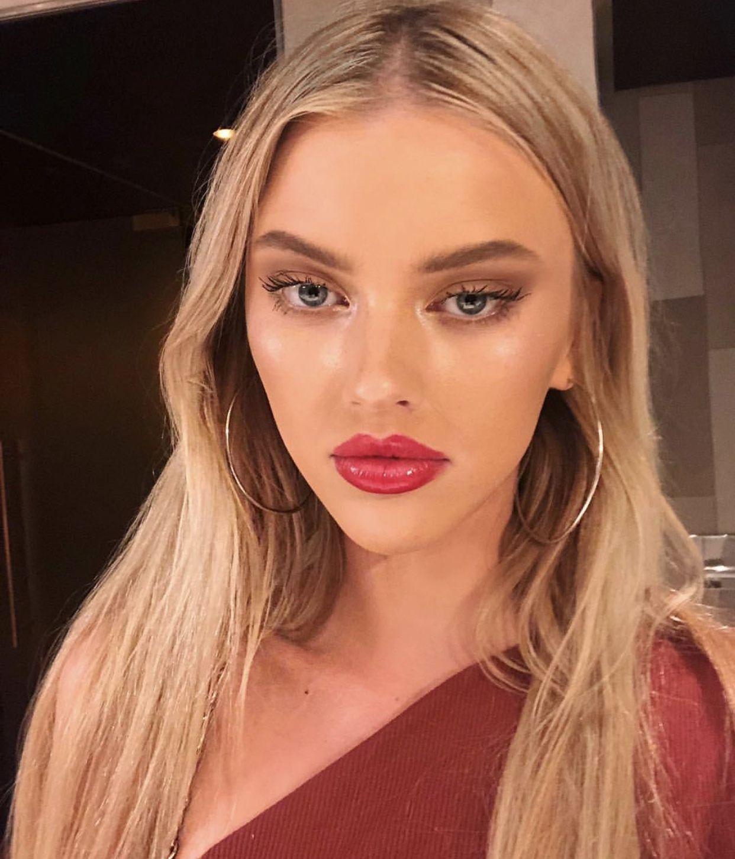 Hacked Polina Maximova nude photos 2019