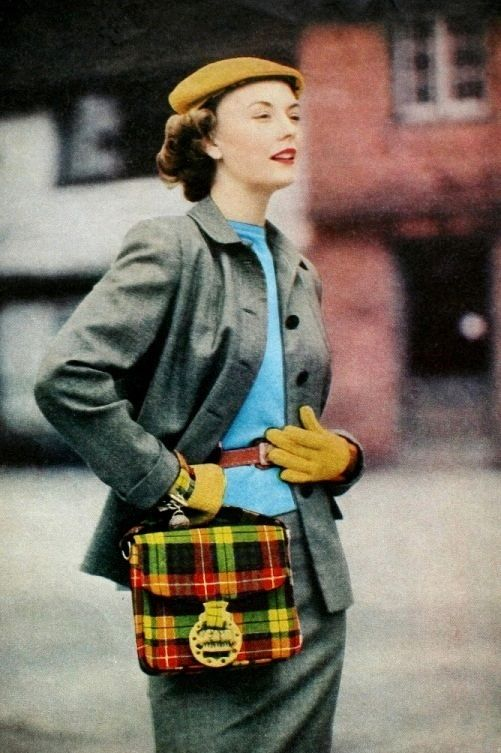 Tartan handbag, Stitchcraft October 1951