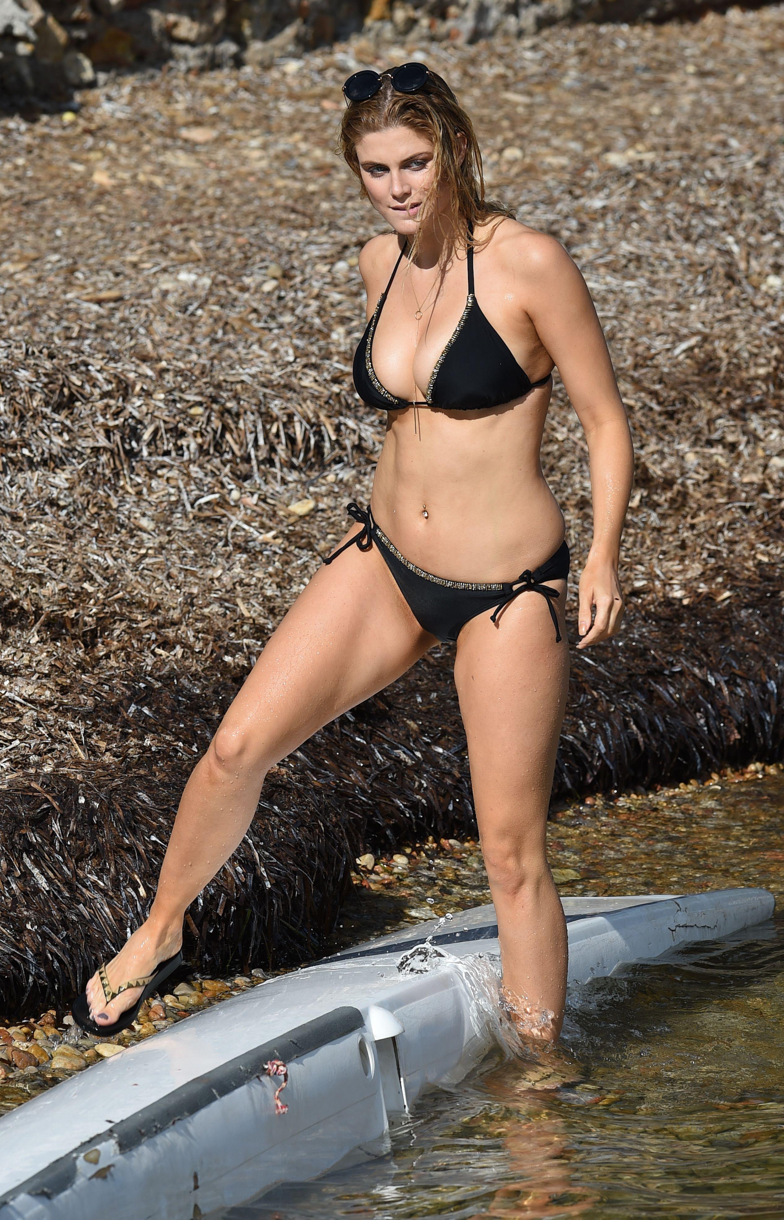 17ac77acf3 Bikini Beach, Bikini Girls, Thong Bikini, Ashley Williams, Chelsea Girls,  Celebs