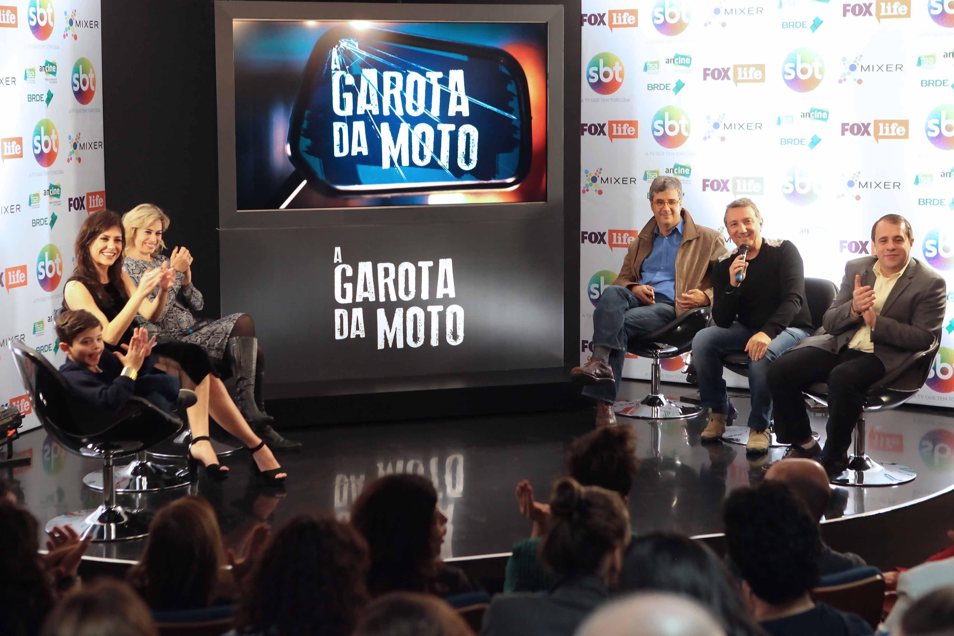 .: Tudo sobre #AGarotadaMoto, que estreia no SBT e na FOX Life
