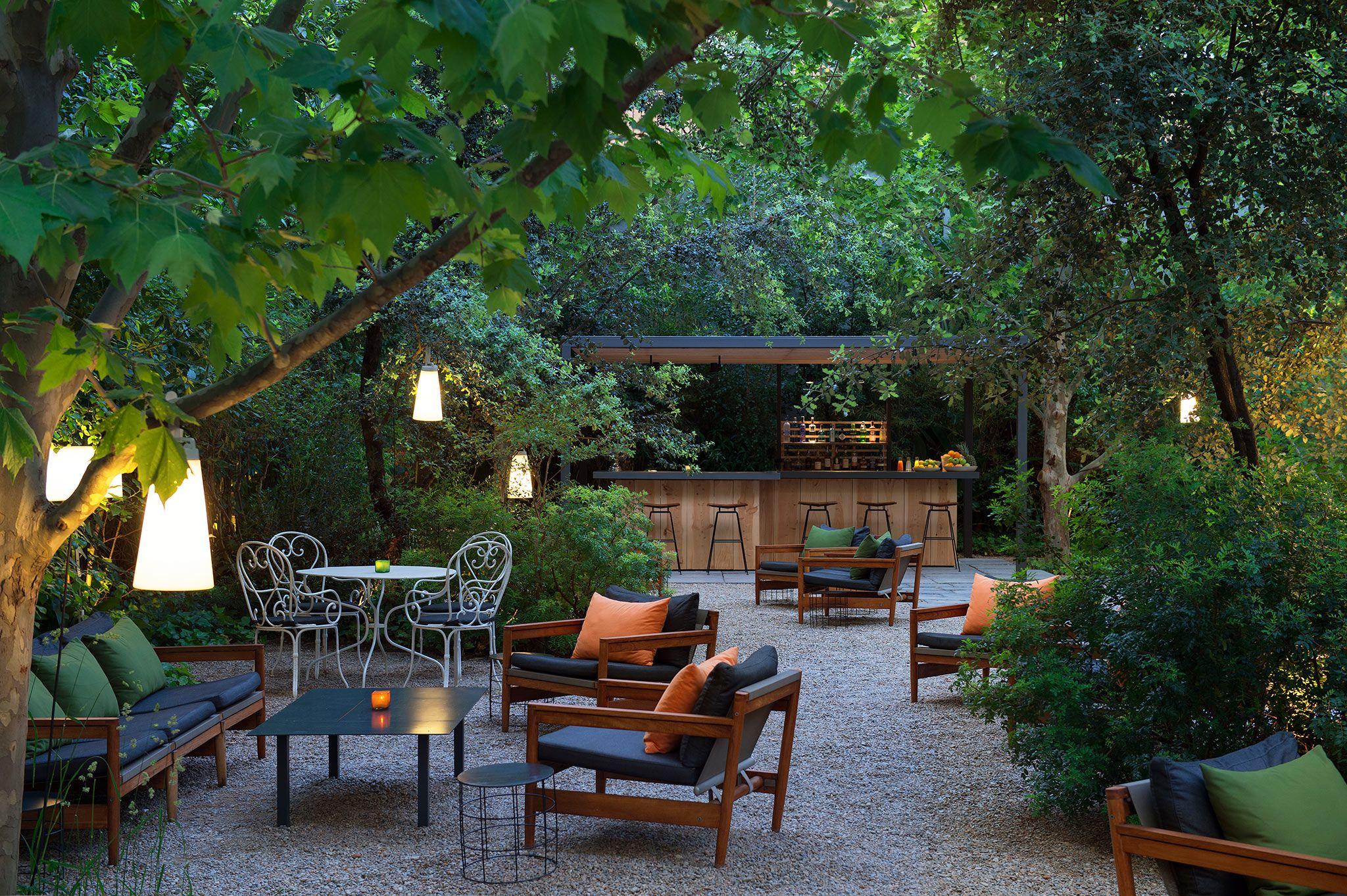 Hotel con encanto en barcelona alma barcelona 5 estrellas for Casa jardin hotel