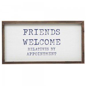 Friends Welcome Wall Decor