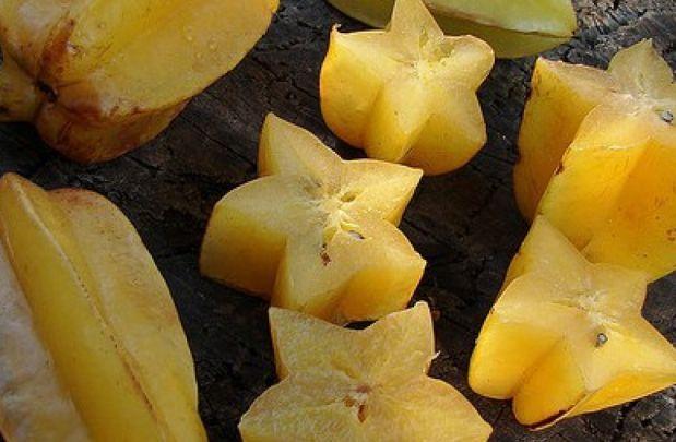 Ako već niste, upoznajte slatke afričke krastavce, zavirite u kremastu pulpu zmajevog voća, čudite se malo tim kraljevskim durianima, pekmezastim kumquatima, dlakavim rambutanima…