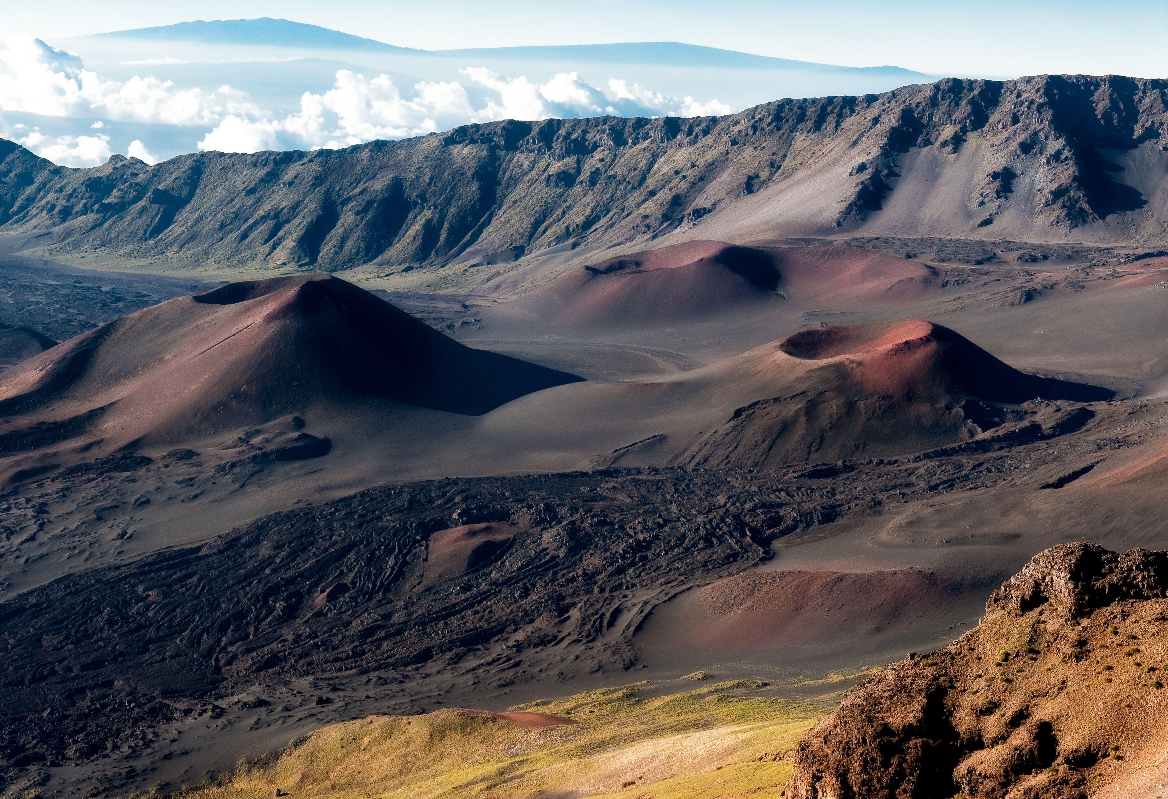 Hd wallpaper haleakala halemaumaucrater hawaii volcanoes hd wallpaper haleakala halemaumaucrater hawaii volcanoes national park nationalpark publicscrutiny Image collections