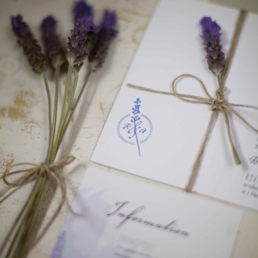 Grow Your Own Wedding Flowers: Lavender Stationery - Bezigncreative.com