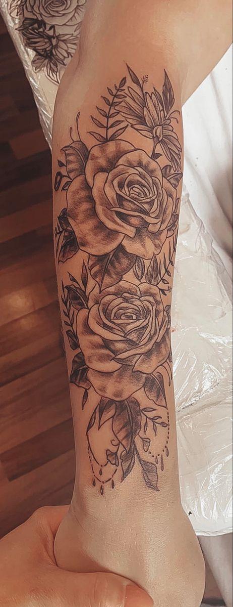#tattooideas #rosentattoo #armtattoo #tattoo #roses #girltattoo #tattoos #tattoosforwomen #rosetatto #rosetattooideas #tattooart