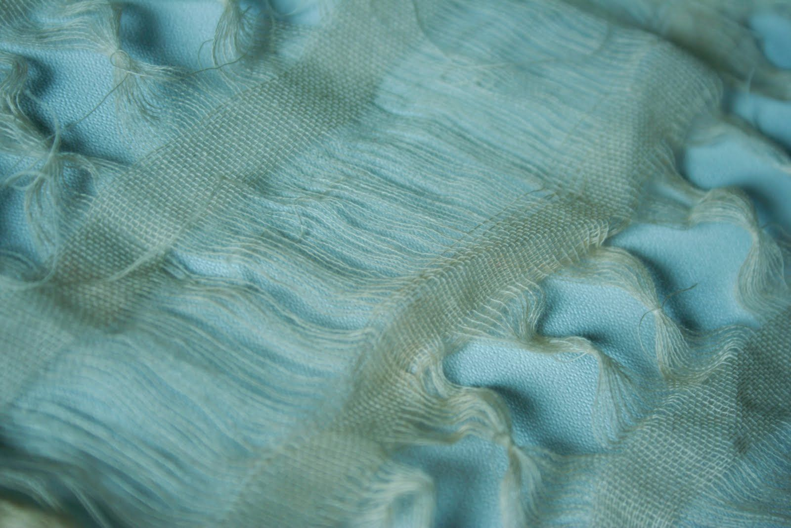 Fabric manipulation   From one linen fabric to a whole different state of appearance