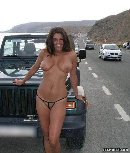 girls naked in vehicles