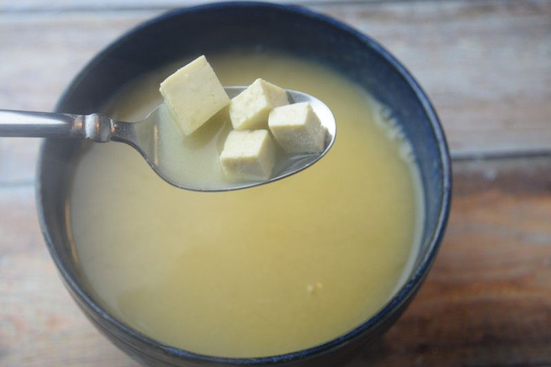 how to make miso soup with only 2 ingredients!