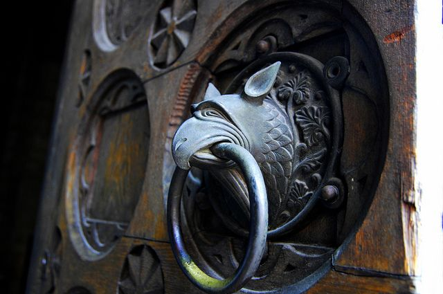 Griffin door knocker Trento Cathedral & Griffin door knocker Trento Cathedral   Cathedrals Doors and ...