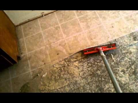 Best Way To Remove Linoleum Flooring Concrete Youtube