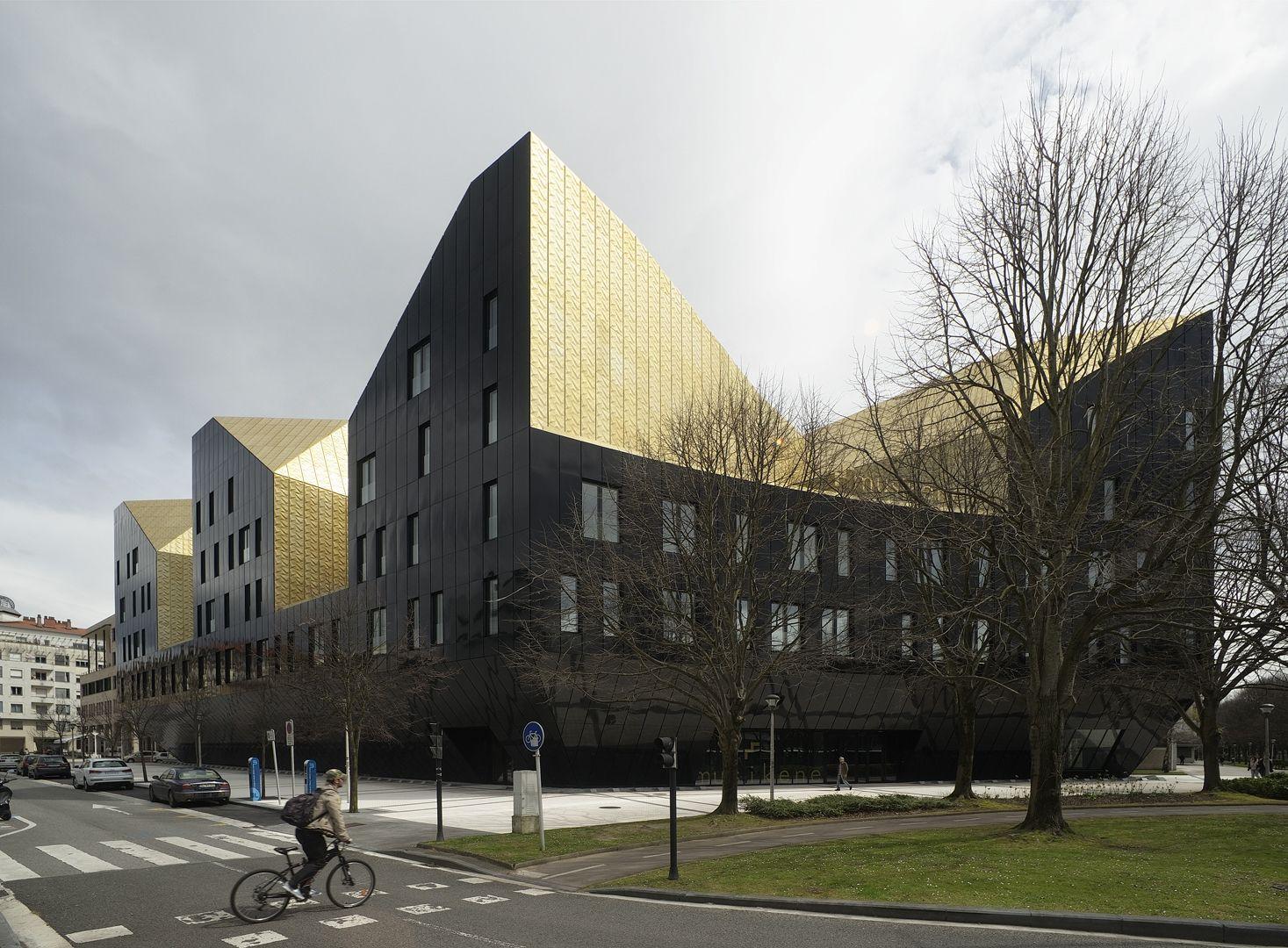 Musikene ga atxurra zelaieta arquitectos arquitectos for Escuela arquitectura donostia