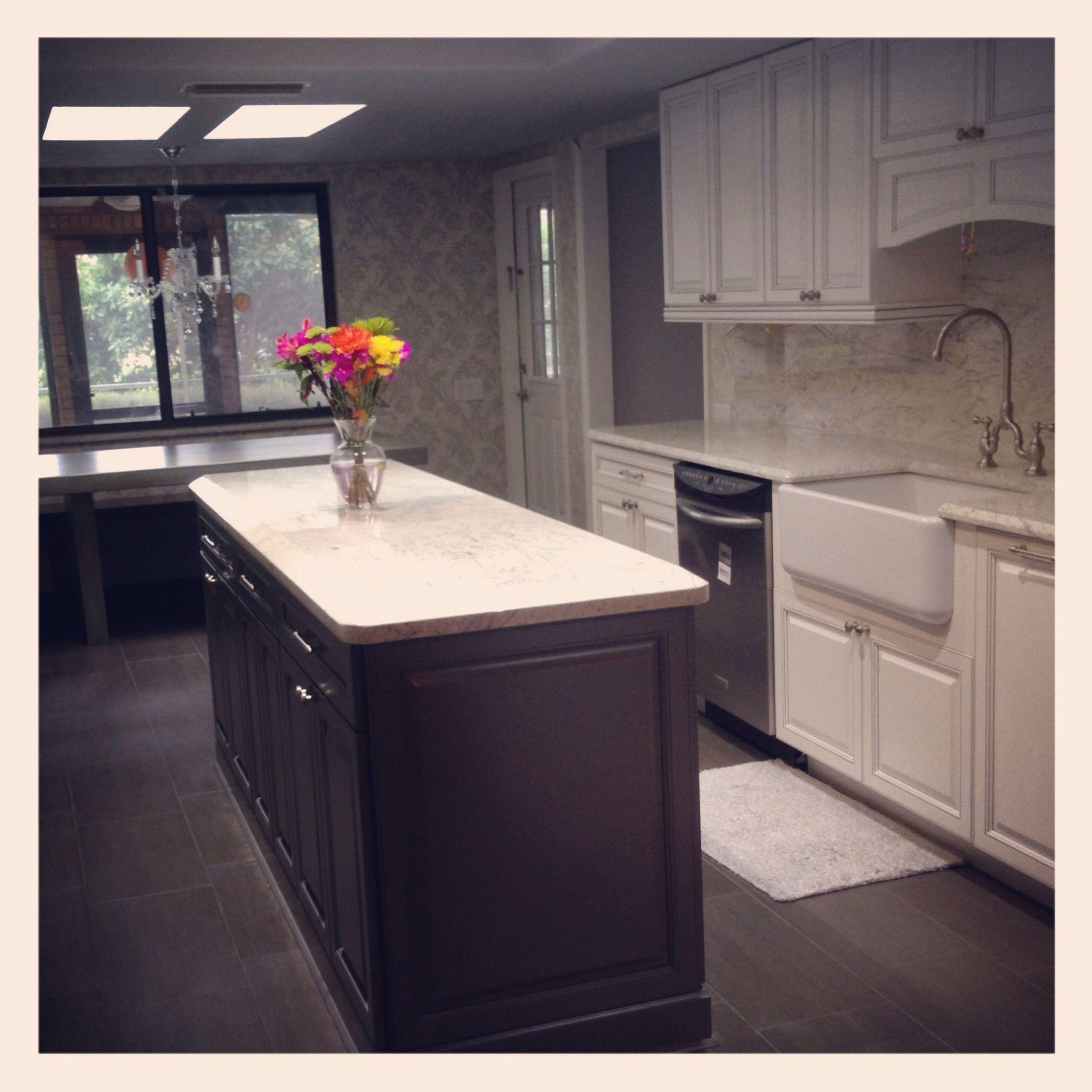 Pin By Erin Haley On Home River White Granite White Granite Kitchen