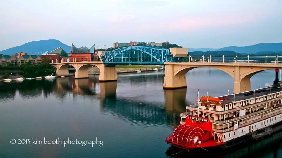 Sunrise over the Tennessee River, Chattanooga, TN