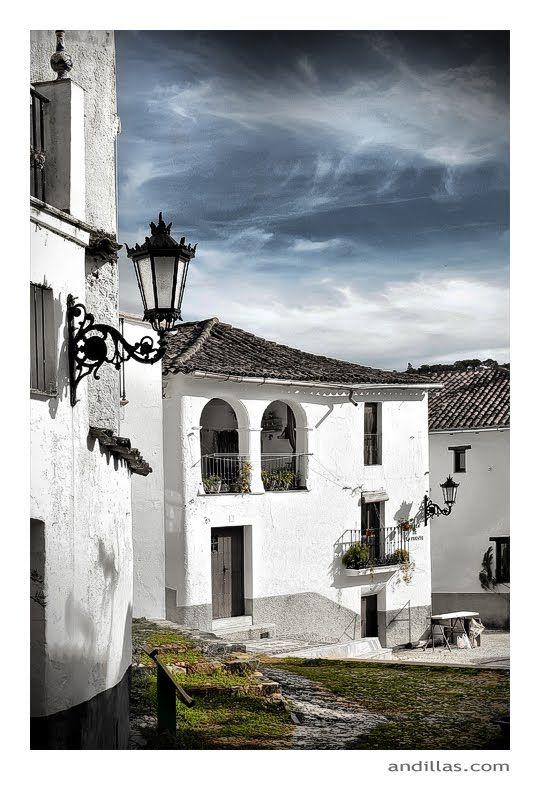 Photo Of Linares De La Sierra Pueblos De España Lugares De España Andalucia España