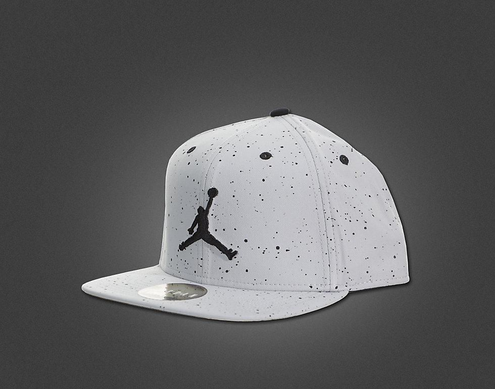 8b6ad4cd Mens Nike Air Jordan The Jordan Retro 4 Sneaker Matched Jumpman Snapback Cap  - Wolf Grey / Black