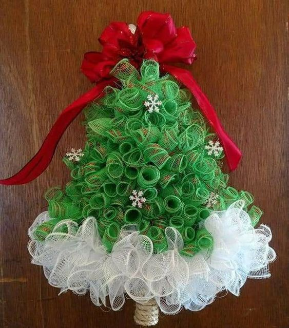 Mesh Christmas Tree #decomeshwreaths