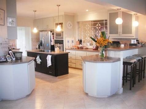 Ankir Holdings - BARBADOS REAL ESTATE - Home for rent in Rolling Hills, St. George. kitchen