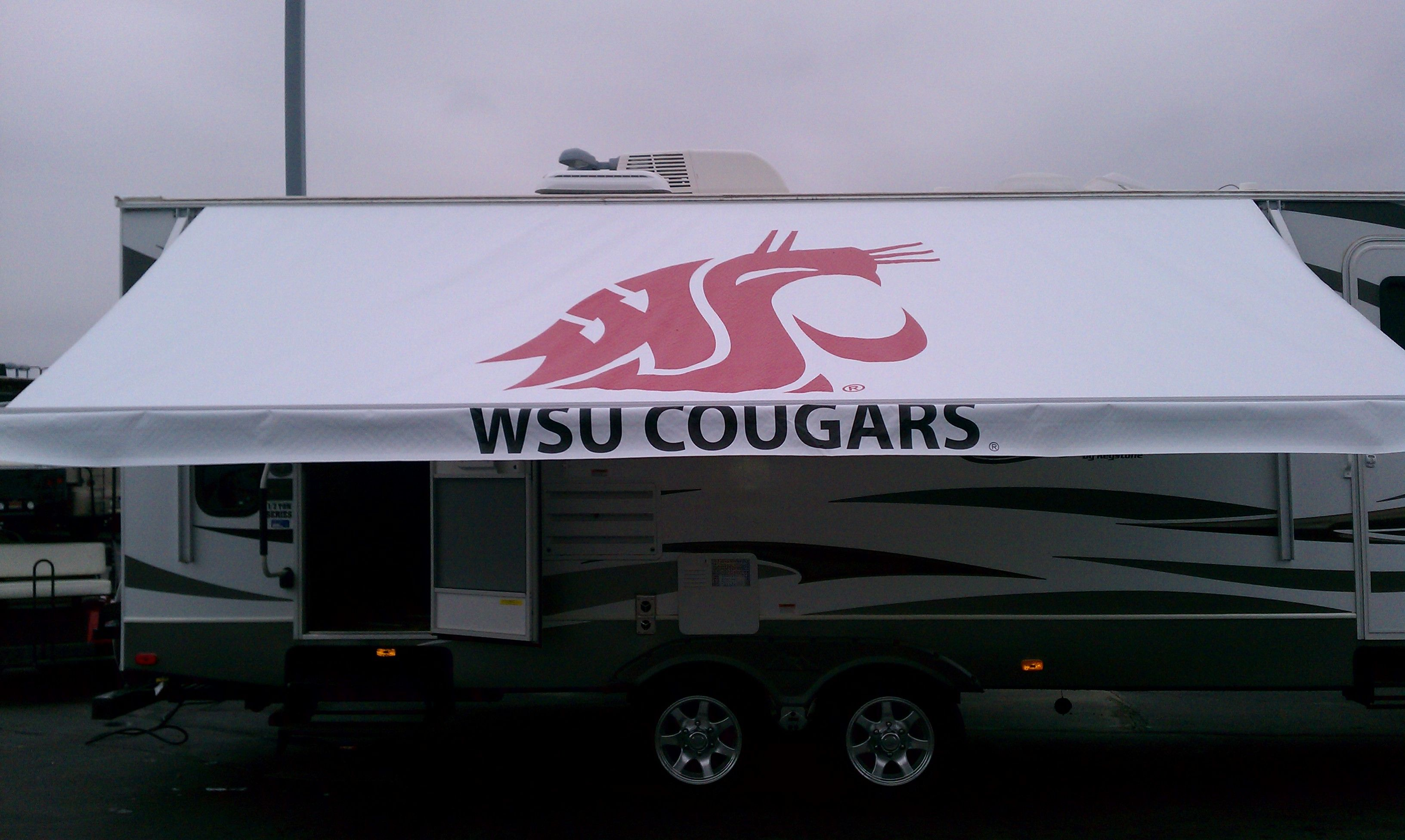 merhow awnings trailer with a size perfect listings jack slide hydraulic horse new awning wide