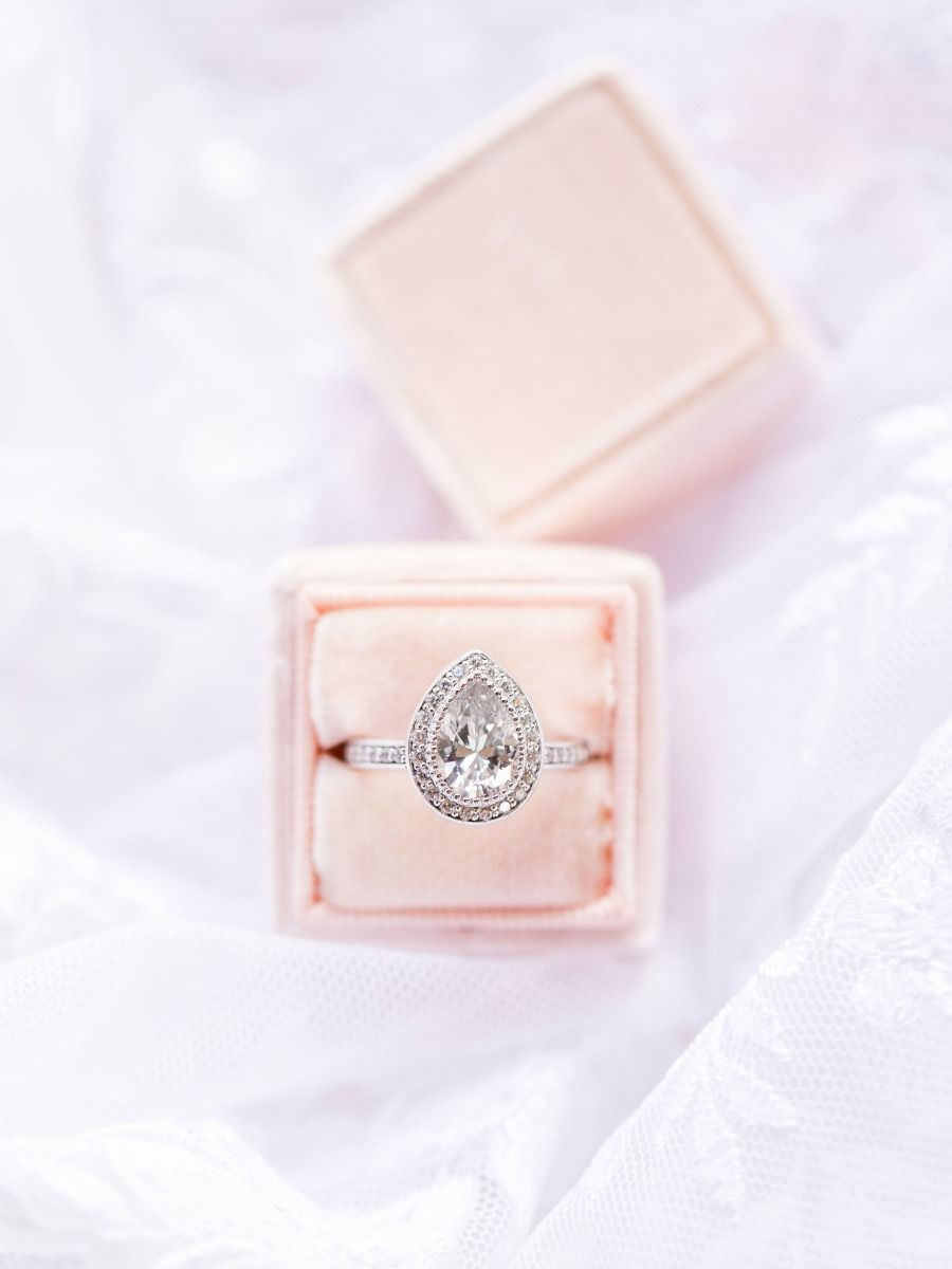 vintage style engagement rings from miadonna that rock pinterest